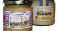 Bilden visar en burk till vänster med nyslungad ljunghonung, och till höger visas samma ljunghonung fast ympad med vanlig honung. Smaken är fortfarande densamma men färgen varierar. Har vi kvar […]